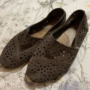 Toms gray brown laser cut shoes size 9